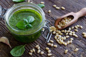 Pouvez-vous manger de la sauce pesto pendant la grossesse ?