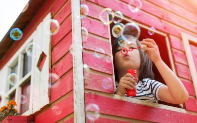 Comment occuper vos enfants pendant les vacances d'été sans bouger de chez vous ?